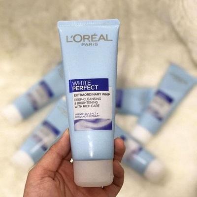 Sữa rửa mặt Loreal