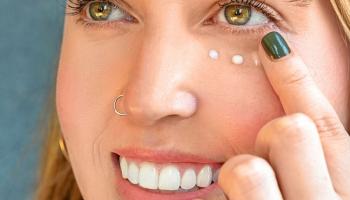 [Review] Top 8 kem mắt nào tốt được ưa chuộng nhất hiện nay